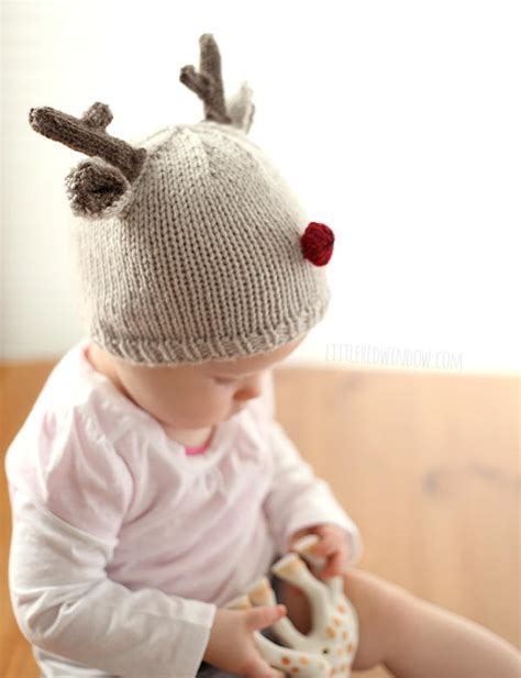 tiny baby hat knitting pattern tiny reindeer hat knitting pattern allfreeknitting