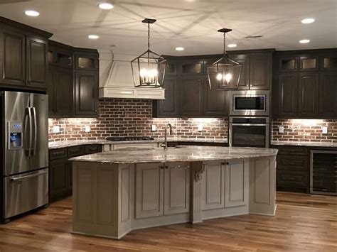 Dark Kitchen Cabinet Ideas best 25 dark kitchen cabinets ideas on pinterest dark