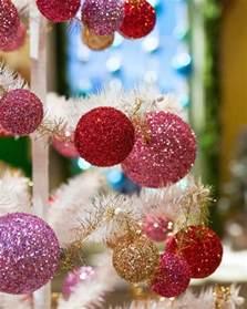 clifford the big ornament 100 big ornaments clifford the big