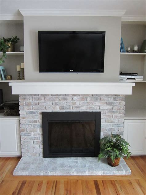 paint colors for fireplace 25 best ideas about brick fireplace makeover on