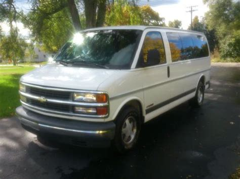 free car manuals to download 1997 chevrolet express 2500 on board diagnostic system service manual car maintenance manuals 1998 chevrolet express 1500 user handbook service