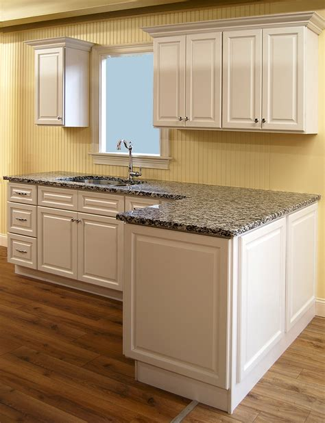 kitchen cabinet surplus builders surplus kitchen cabinets biltmore pearl kitchen