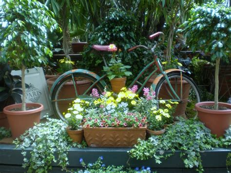 home and garden ideas for decorating the relic garden decorating ideas
