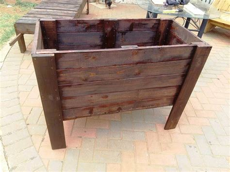 pallet planter boxes raised pallet planter box 99 pallets
