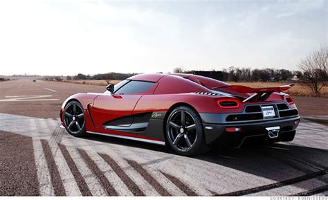 Car Wallpapers Rar by 6 Ultra Supercars From Around The World Koenigsegg