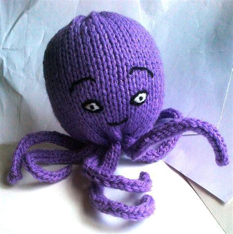 octopus knitting pattern chunky octopus knitting pattern by jones knitting