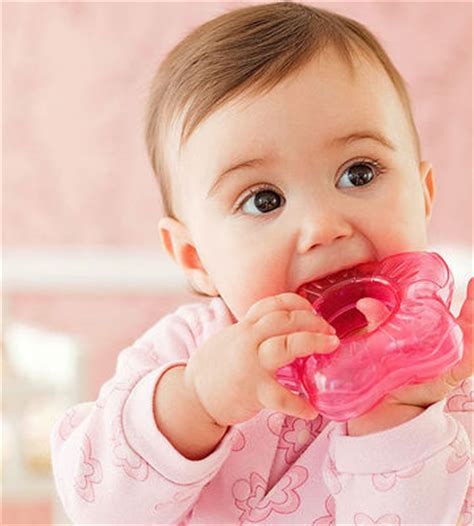 baby chew helpful tips and tricks for teething babies