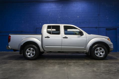2010 Nissan Frontier Se by 2010 Nissan Frontier