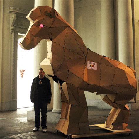 how to make a out of pony papercraft trojan