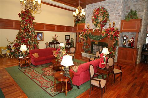 tree inn pigeon forge tn location and lodging titanic pigeon forge tennessee