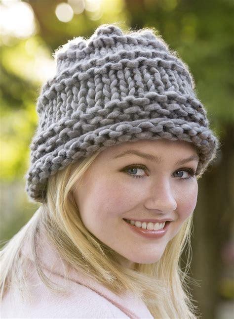 best yarn for knitting hats 17 best ideas about bulky yarn on
