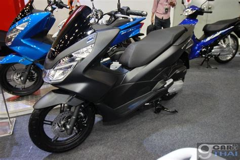 Pcx 2018 Vs Pcx 2017 by 2018 Honda Pcx 150 2017 2018 2019 Honda Reviews