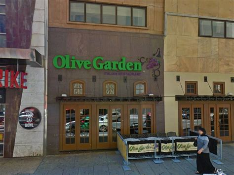 olive garden in center city closes philly
