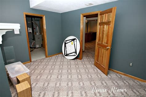 paint colors for living rooms with oak trim paint colors for honey oak trim here is the room before