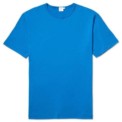 shirts with sunspel classic t shirt in cornflower blue sunspel t shirts