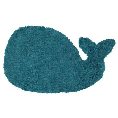 tapis enfant bleu 65 x 110 cm baleine maisons du monde