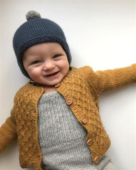 baby knitted clothes 25 best ideas about knitted baby clothes on