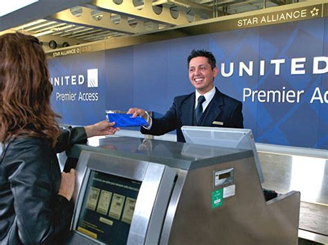 united airlines checkin baggage fee united slashes business class baggage limits adds 200