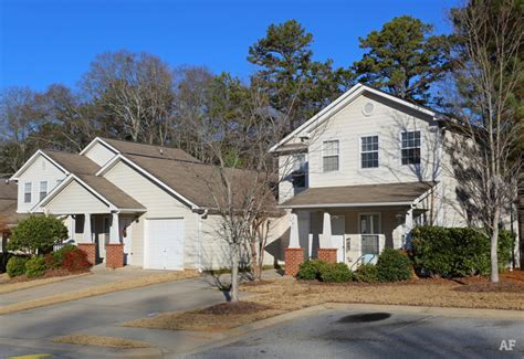 Garden Apartments Newnan Ga Overby Park Apartments Newnan Ga Apartment Finder