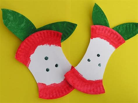 apple craft for mrs jackson s class website apples and johnny