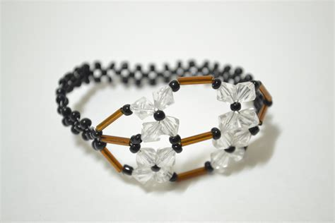 how to make seed bead bracelets how to make seed bead bracelets in a unique beading method