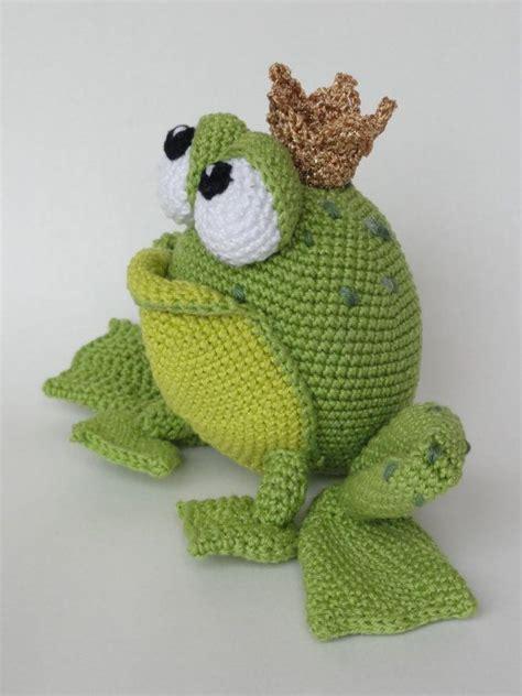 frog knitting pattern free best 25 crochet frog ideas on