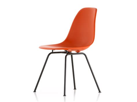 eames dsx chair buy the vitra dsx eames plastic side chair black base at