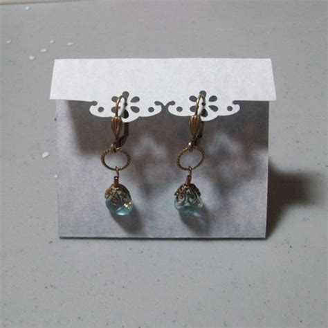 how to make jewelry cards how to create earring cards using punches the beading