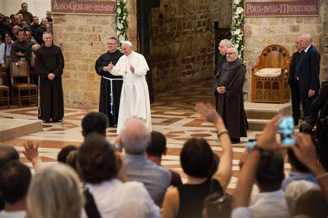 l 201 glise a besoin d 234 tre 171 r 233 par 233 e 187 affirme le pape fran 231 ois la croix