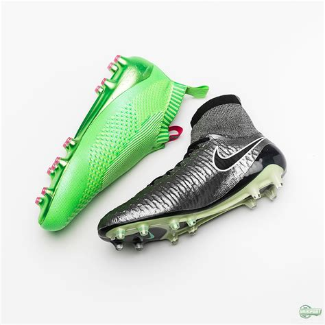 nike knitted football boots nike magista obra vs adidas ace16 purecontrol the knit