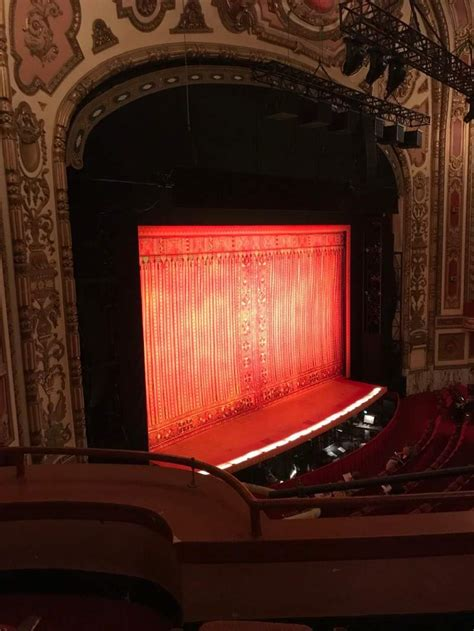 Cadillac Theater Seating by Cadillac Palace Theater Section Loge Far Left Row C
