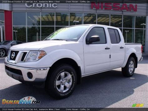 2010 Nissan Frontier Se by 2010 Nissan Frontier Se Crew Cab 4x4 Avalanche White