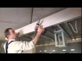 placer un faux plafond au dessus de la cuisine