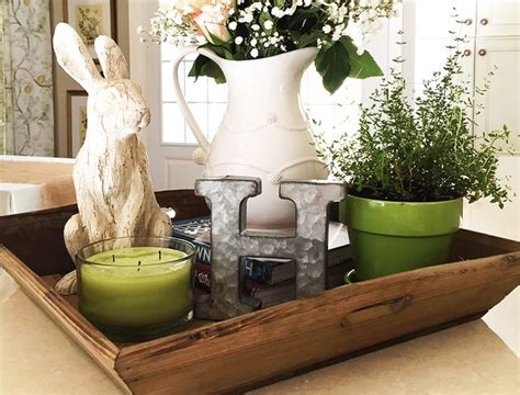 dining room table centerpiece best 25 dining table centerpieces ideas on
