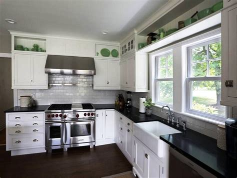 best white paint color for kitchen cabinets kitchen paint colors with maple cabinets
