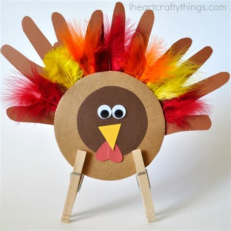 turkey crafts for thanksgiving turkey craft i crafty things