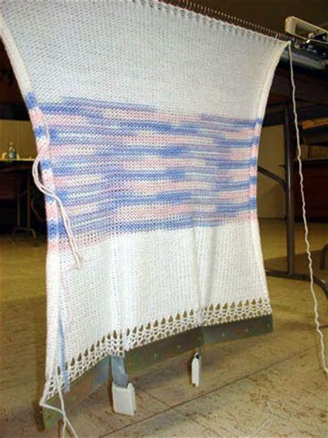 knitting machine basics how to machine knit a basic easy hat knittsings