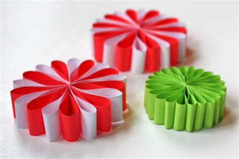easy paper decorations for 20 diy decorations and crafts ideas