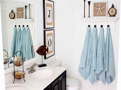 bathroom ideas decorating cheap bathroom d 233 cor bathroom decorating on a budget the budget decorator