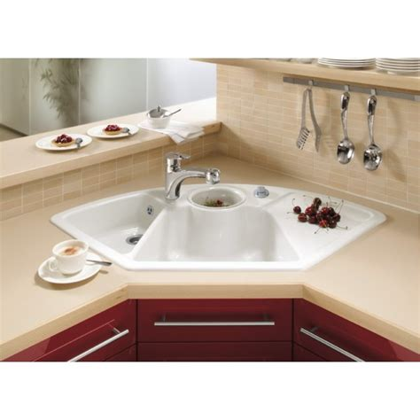 kitchen sinks corner villeroy boch corner 1075mm x 600mm 2 5 bowl