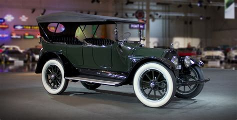 Cadillac V8 by The American Factory Made Car With A V8 1914