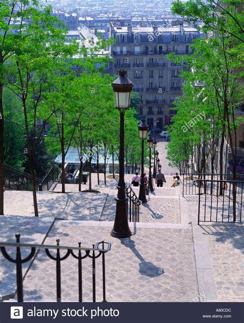 les escaliers de la butte montmartre stock photo royalty free image 527580 alamy