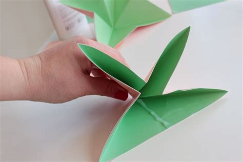 how to make paper craft work make a bouquet of beautiful paper flowers for s day