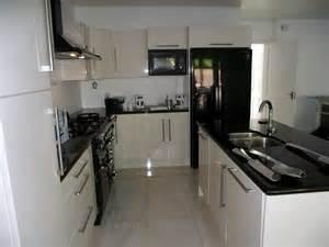kitchens designs kitchen ideas kitchen designs small kitchen design