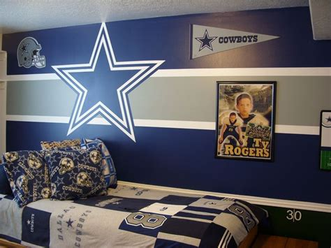 dallas cowboys bedroom ideas pin by chelsea cheek on logan s room