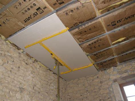 pose placo plafond sur rail maison travaux