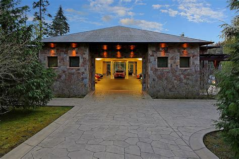3 car garage homes ranch house plans with 2 car garage house design and