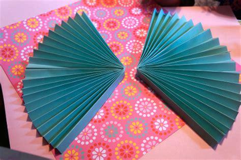 paper fan craft paper fan birthday decor think crafts by createforless