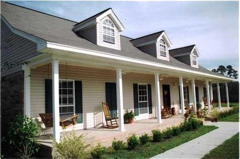 house plans with covered porches 10 features to look for in house plans 2000 2500 square