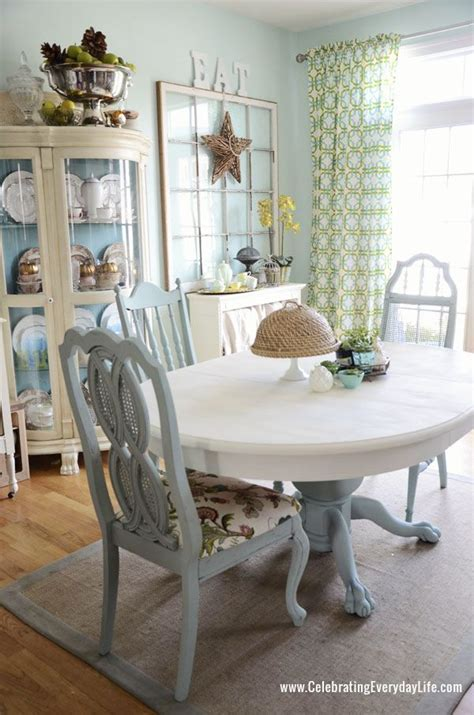 chalk paint dining room table dining room table and chairs makeover with sloan